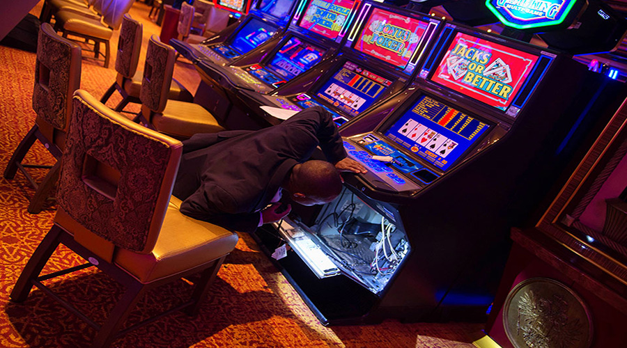 Experts reveal major flaws attempt to tackle fixed odds gambling machines