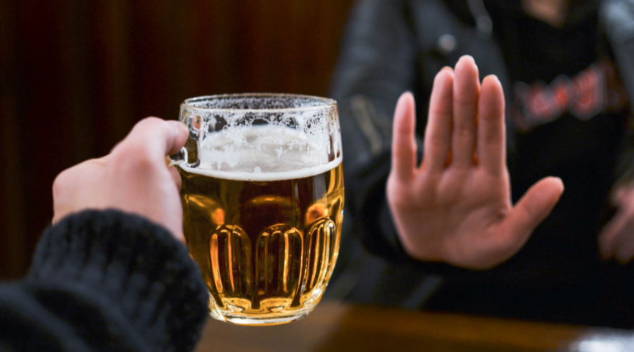UK casinos offer to stop alcohol sales in a bid to avoid closures
